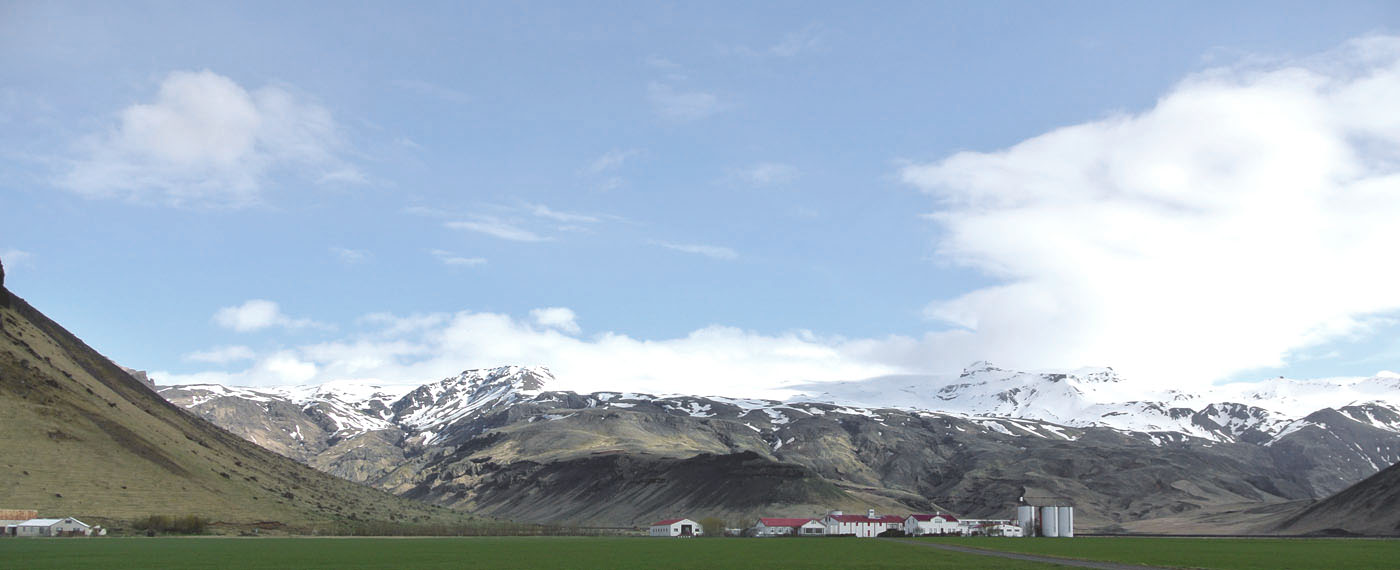 fraeulein-draussen_island_suedkueste_1_eyjafjallajökull