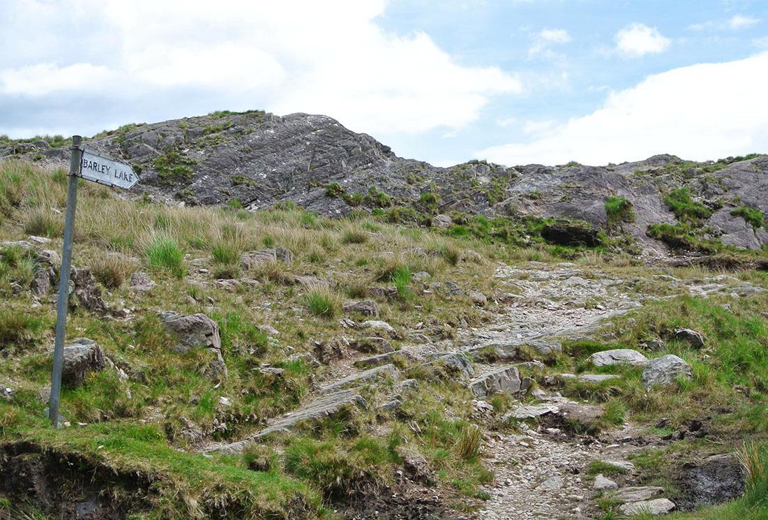 Irland_Zelten_Beara_Barley-Lake_Fraeulein-Draussen_3