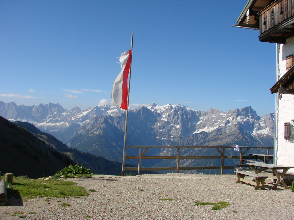 Berghütte_Ellie-Caulfield_flickr