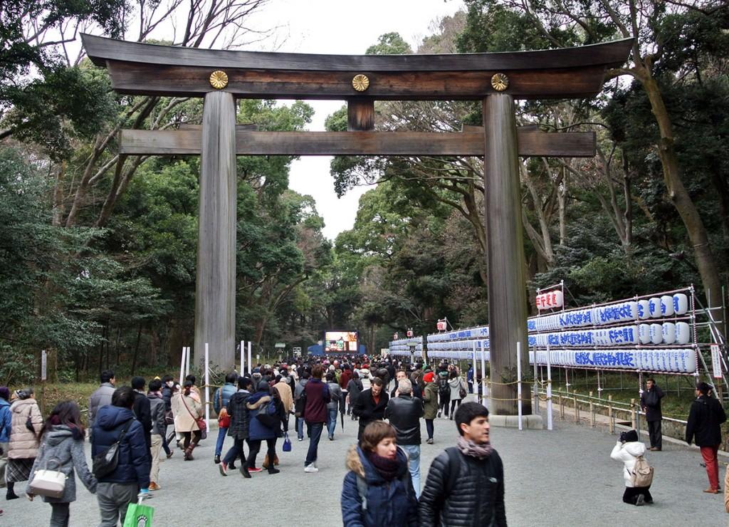 Meiji-Neujahr_tokio_fraeulein-draussen_5