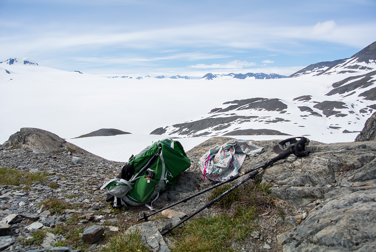 Gipfelrast am Rande des Harding Icefield