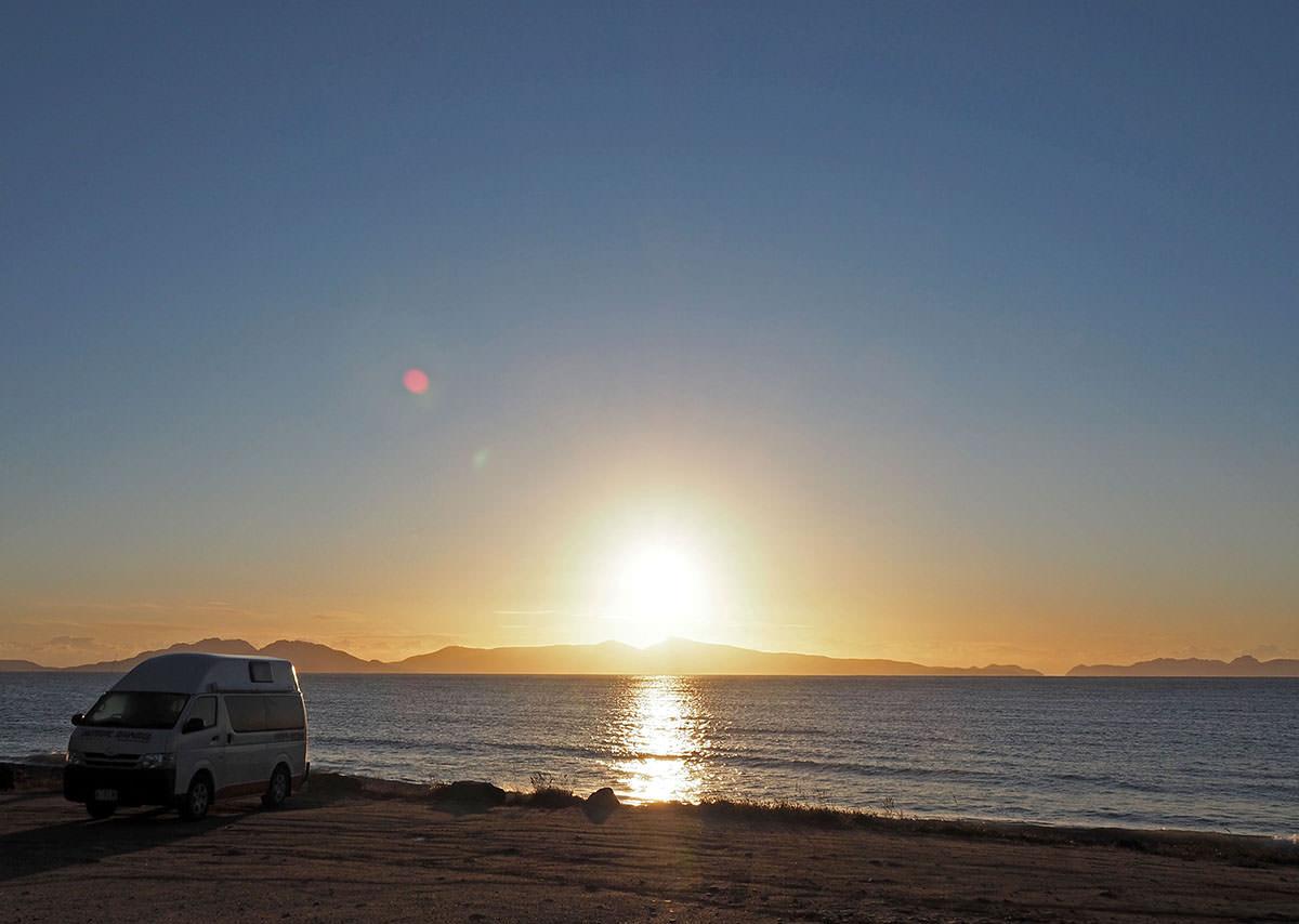 Unser Campervan direkt am Meer