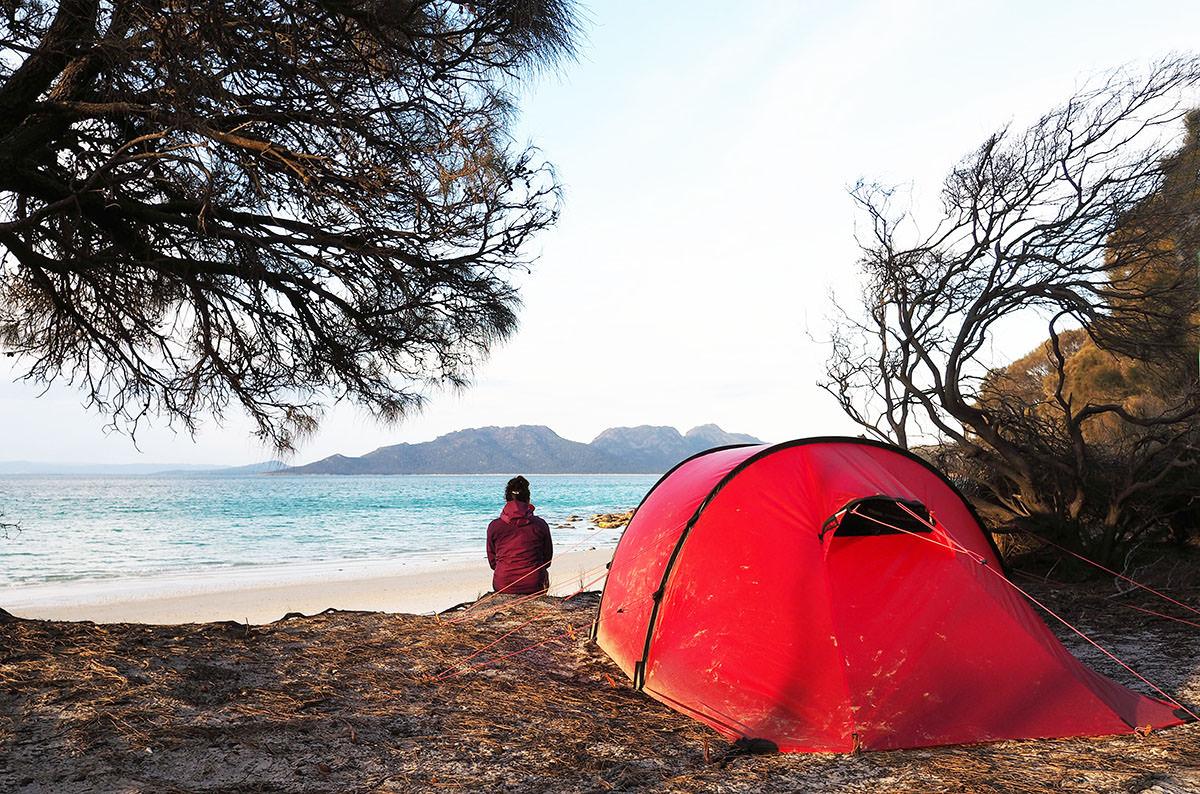 Zelten am Cooks Beach im Freycinet Nationalpark