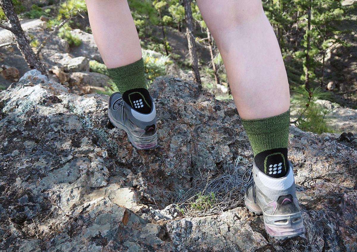 Kompressionssocken Anti-Rutsch Kniehohe Sockenstrümpfe zum Wandern Camping