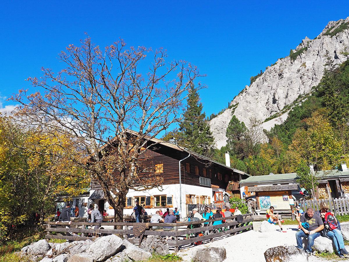 Die WImbachgrieshütte in den Berchtesgadener Alpen