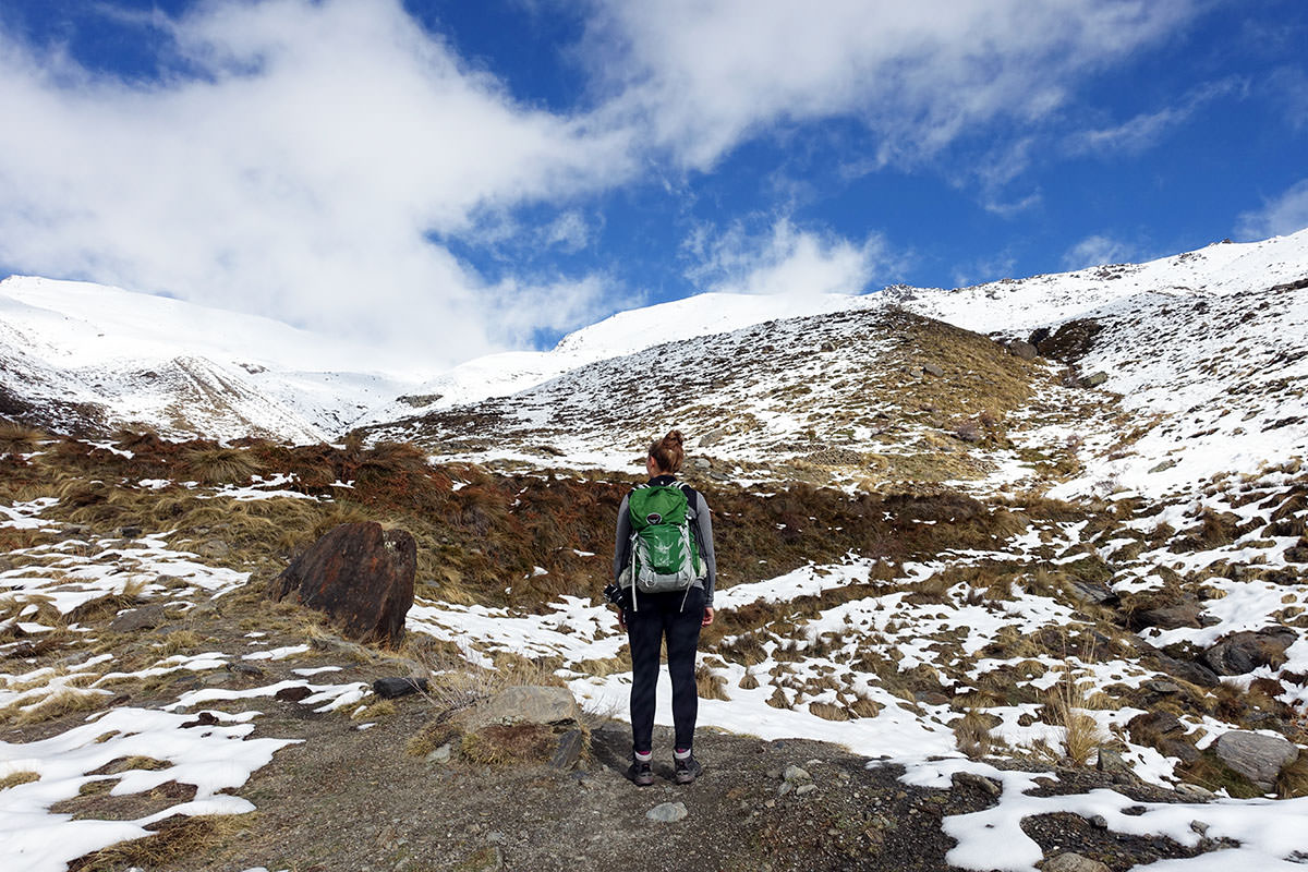 Wandern in der Sierra Nevada in Andalusien im Winter
