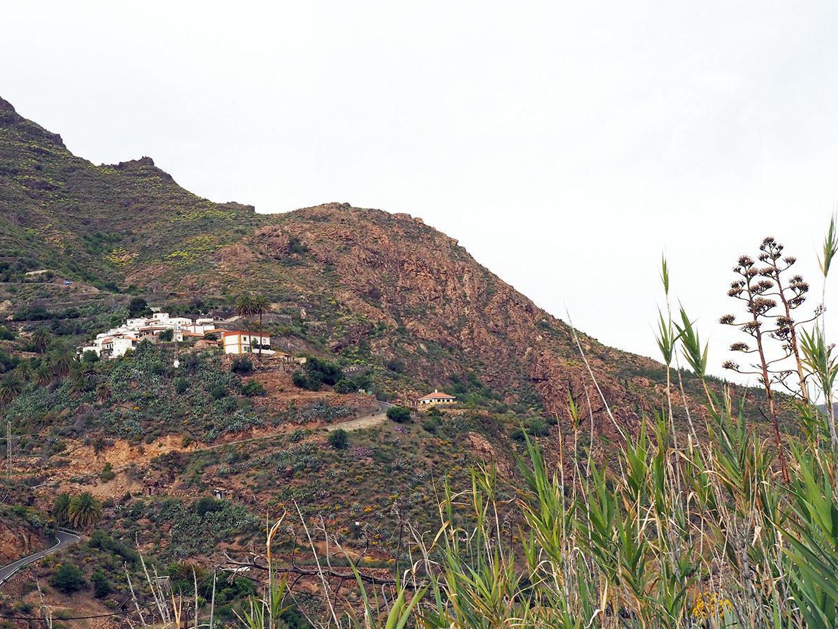 Kleines Bergdorf auf Gran Canaria