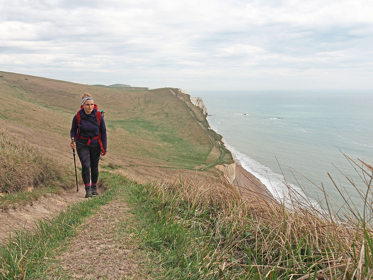 Wandern auf dem South West Coast Path entlang der Jurassic Coast