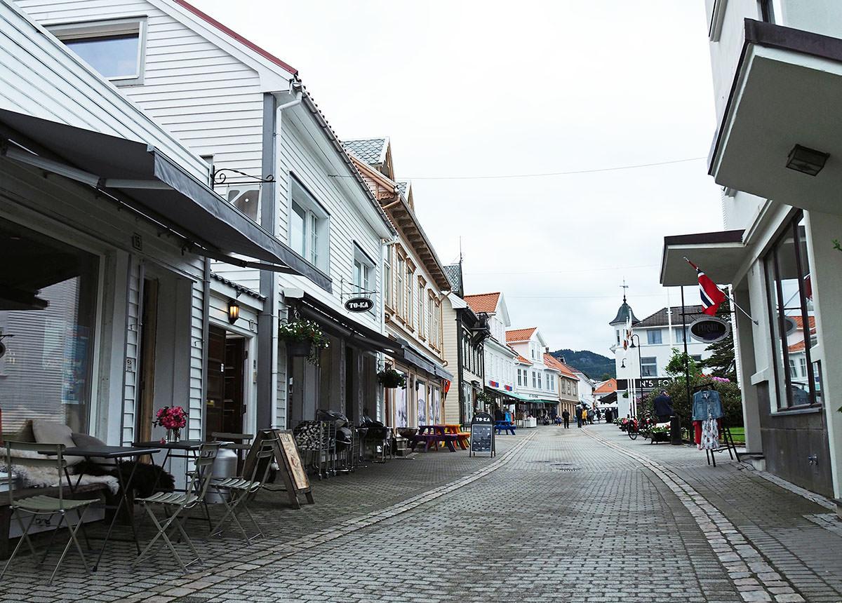 Die Altstadt von Flekkefjord in Südnorwegen