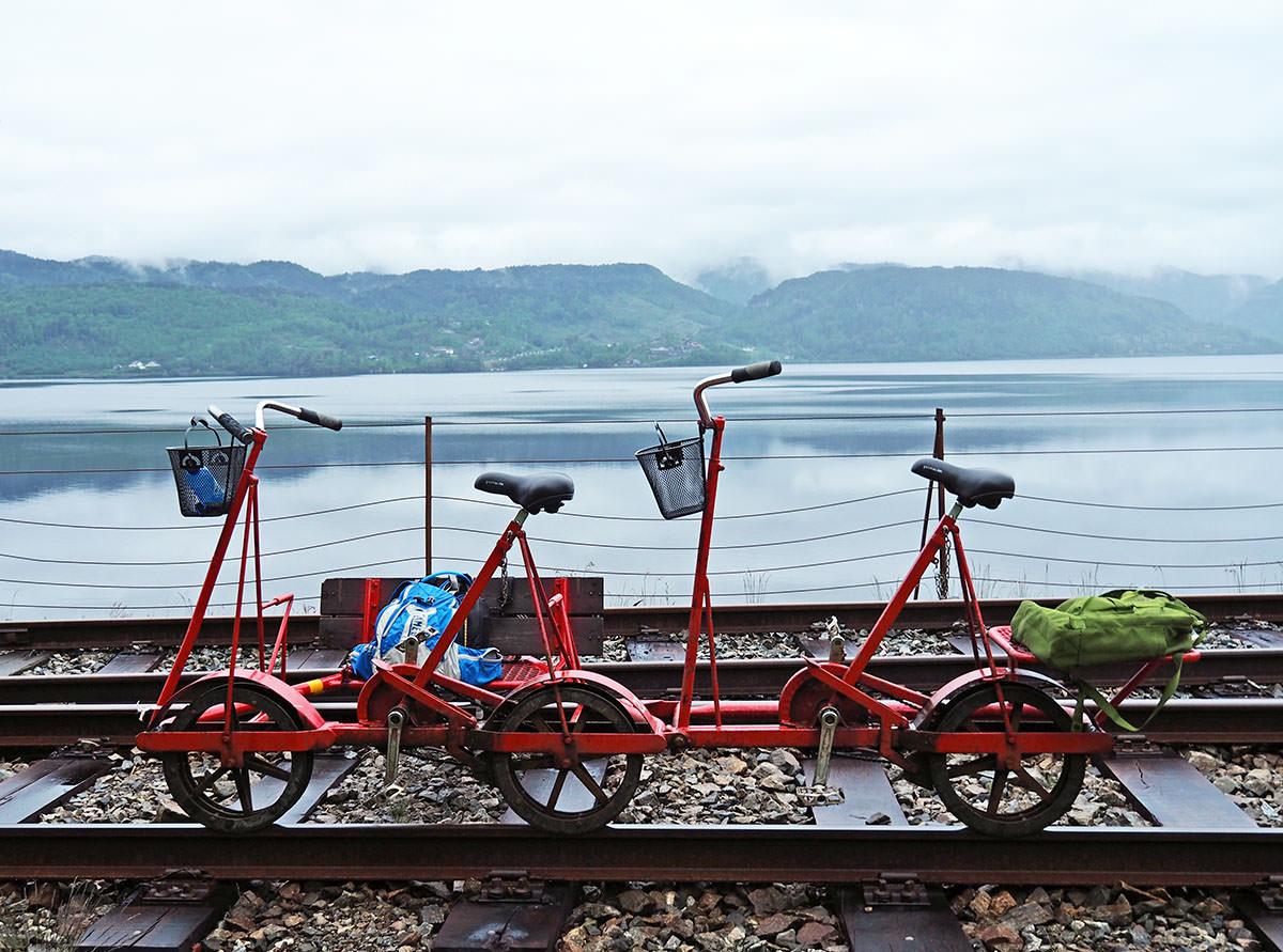 Railbiken in Flekkefjord an der südnorwegischen Küste