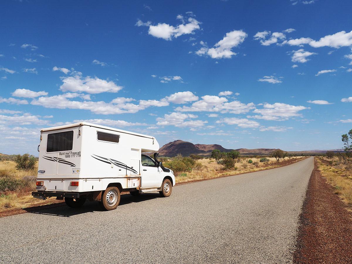 autofahren im karijini nationalpark